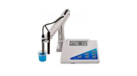 Bench-Top Conductivity / TDS / Salinity Meter
